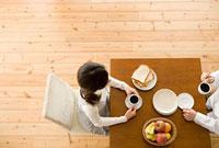 朝食の食卓