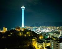 釜山 龍頭山公園 11002015119| 写真素材・ストックフォト・画像・イラスト素材|アマナイメージズ