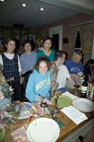 パーティーを楽しむ人々 11002028146| 写真素材・ストックフォト・画像・イラスト素材|アマナイメージズ
