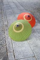 蛇の目傘 11002028230| 写真素材・ストックフォト・画像・イラスト素材|アマナイメージズ