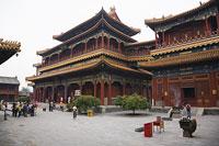 雍和宮 11002029729| 写真素材・ストックフォト・画像・イラスト素材|アマナイメージズ