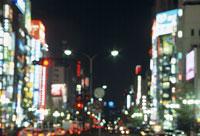 靖国通り東方向 11002048775| 写真素材・ストックフォト・画像・イラスト素材|アマナイメージズ