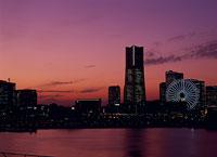横浜の夜景 11002048792| 写真素材・ストックフォト・画像・イラスト素材|アマナイメージズ