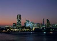 横浜の夜景 11002048793| 写真素材・ストックフォト・画像・イラスト素材|アマナイメージズ