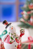 クリスマスイメージ スノーマン 11002049546| 写真素材・ストックフォト・画像・イラスト素材|アマナイメージズ
