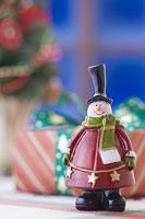 クリスマスイメージ スノーマン 11002049548| 写真素材・ストックフォト・画像・イラスト素材|アマナイメージズ