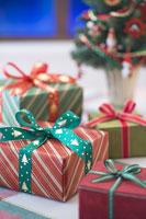 クリスマスイメージ プレゼントボックス 11002049554| 写真素材・ストックフォト・画像・イラスト素材|アマナイメージズ