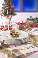 クリスマスイメージ 食器 11002049562| 写真素材・ストックフォト・画像・イラスト素材|アマナイメージズ