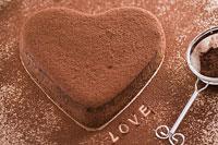 バレンタインイメージ チョコレートケーキ 11002049892| 写真素材・ストックフォト・画像・イラスト素材|アマナイメージズ