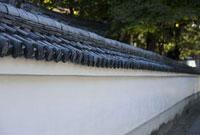 西教寺の塀 11002053249| 写真素材・ストックフォト・画像・イラスト素材|アマナイメージズ