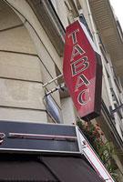 パリのタバコ屋の看板