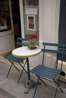 パリのカフェの店先 11002053402| 写真素材・ストックフォト・画像・イラスト素材|アマナイメージズ