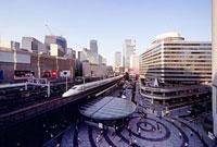 有楽町駅前 11002053439| 写真素材・ストックフォト・画像・イラスト素材|アマナイメージズ