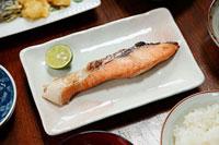 焼魚 11002055753| 写真素材・ストックフォト・画像・イラスト素材|アマナイメージズ