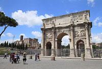 ローマ コンスタンティヌス帝の凱旋門