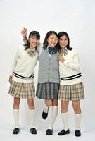 女子高校生三人