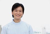笑顔の歯科医師 11002056641| 写真素材・ストックフォト・画像・イラスト素材|アマナイメージズ