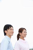 並んで立つ歯科医師と歯科助手 11002056644| 写真素材・ストックフォト・画像・イラスト素材|アマナイメージズ