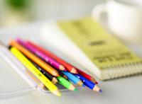 色鉛筆とメモ