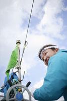 青空の下の漁師