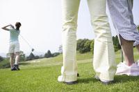ゴルフ場の女性達 11004032713| 写真素材・ストックフォト・画像・イラスト素材|アマナイメージズ