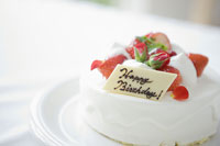 イチゴの誕生日ケーキ
