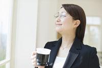 日本人のビジネスウーマン 11004071904  写真素材・ストックフォト・画像・イラスト素材 アマナイメージズ
