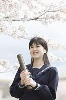 桜と卒業生