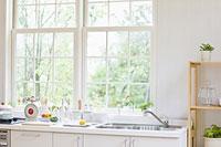 窓辺のキッチン