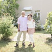 日本人の中高年夫婦