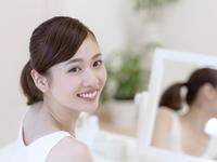 日本人の女性