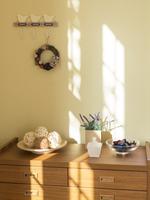 壁際のインテリア 11004113735| 写真素材・ストックフォト・画像・イラスト素材|アマナイメージズ