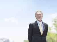 日本人ビジネスマン 11004119365| 写真素材・ストックフォト・画像・イラスト素材|アマナイメージズ