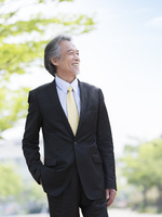 日本人のビジネスマン 11004119492| 写真素材・ストックフォト・画像・イラスト素材|アマナイメージズ