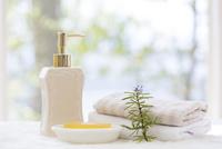 ポンプと石鹸とタオル
