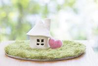 家の模型 11004121030| 写真素材・ストックフォト・画像・イラスト素材|アマナイメージズ