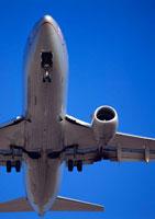 飛行機 11007019395| 写真素材・ストックフォト・画像・イラスト素材|アマナイメージズ