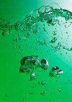 気泡 11007021589| 写真素材・ストックフォト・画像・イラスト素材|アマナイメージズ
