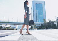 ビジネスウーマン 11007029552| 写真素材・ストックフォト・画像・イラスト素材|アマナイメージズ