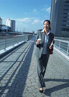 ビジネスウーマン 11007029559| 写真素材・ストックフォト・画像・イラスト素材|アマナイメージズ