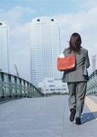 ビジネスウーマン 11007029571| 写真素材・ストックフォト・画像・イラスト素材|アマナイメージズ