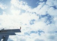 飛び込み 11007031557| 写真素材・ストックフォト・画像・イラスト素材|アマナイメージズ