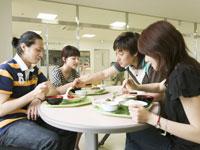 学生食堂 11007037152| 写真素材・ストックフォト・画像・イラスト素材|アマナイメージズ