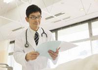 医師 11007057298  写真素材・ストックフォト・画像・イラスト素材 アマナイメージズ