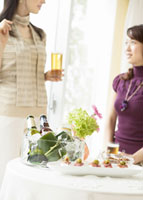 ホームパーティー 11007057756| 写真素材・ストックフォト・画像・イラスト素材|アマナイメージズ