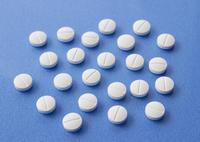 錠剤 11007064029  写真素材・ストックフォト・画像・イラスト素材 アマナイメージズ