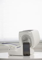 自動血圧計とスマートフォン