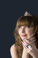 girl with jewelries 11010038565| 写真素材・ストックフォト・画像・イラスト素材|アマナイメージズ