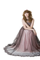 Studio shot of girl in formal dress 11010038679  写真素材・ストックフォト・画像・イラスト素材 アマナイメージズ