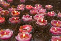Mt.Emei, Wannian Temple, lit candles